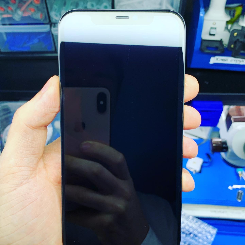 Замена тачскрина iPhone 11