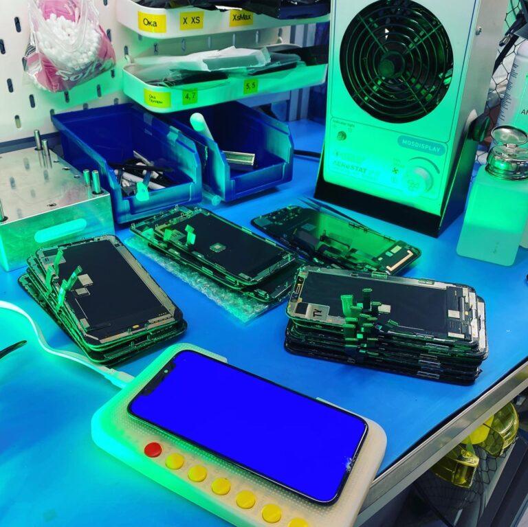 Разбитые дисплеи iPhone X