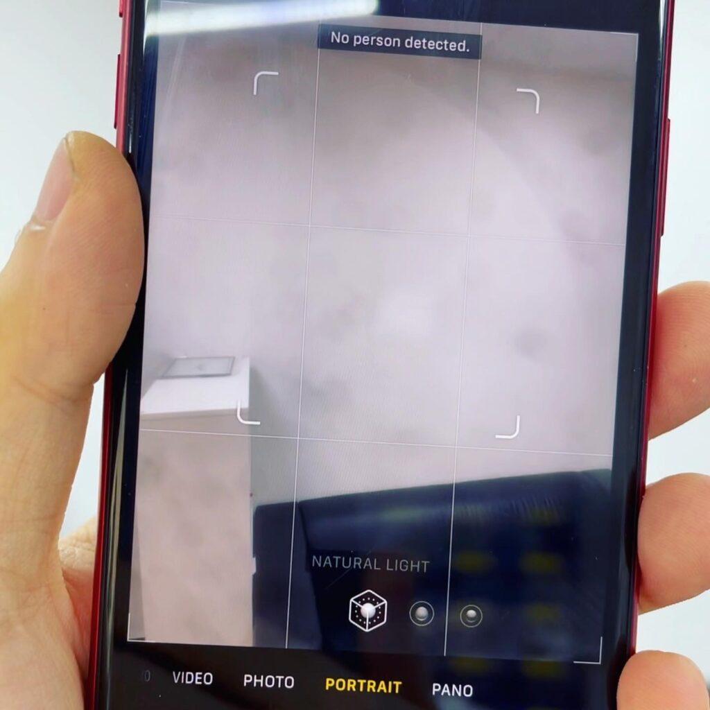 Пыль в объективе камеры iPhone